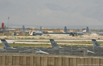 https://www.khaama.com/wp-content/uploads/2014/05/Bagram-airfield.jpg